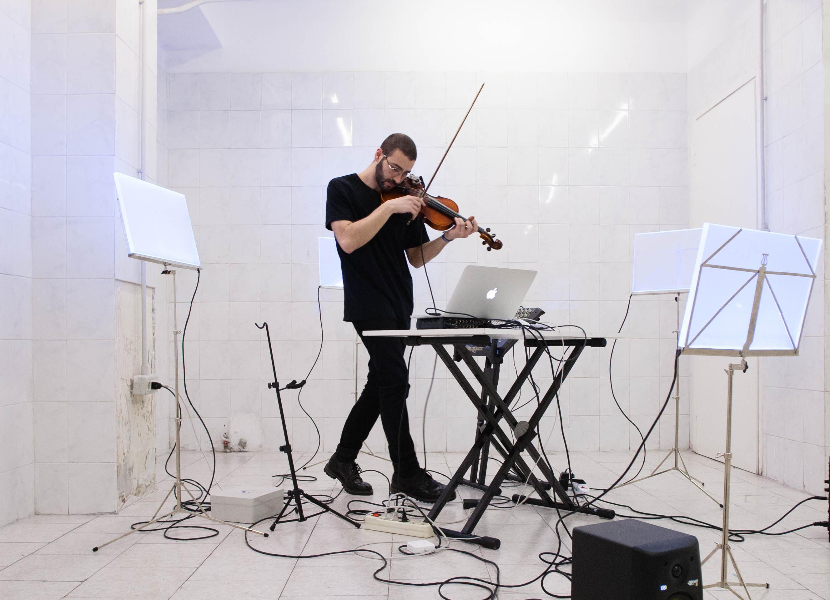 Elettrocinematica: cinema ed elettronica al Teatro Burri